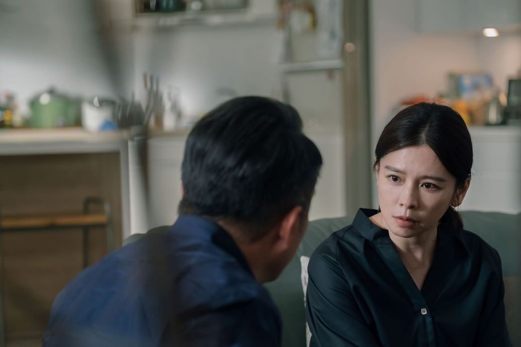 徐若瑄(右)身兼片中演員及監製。圖/威視提供