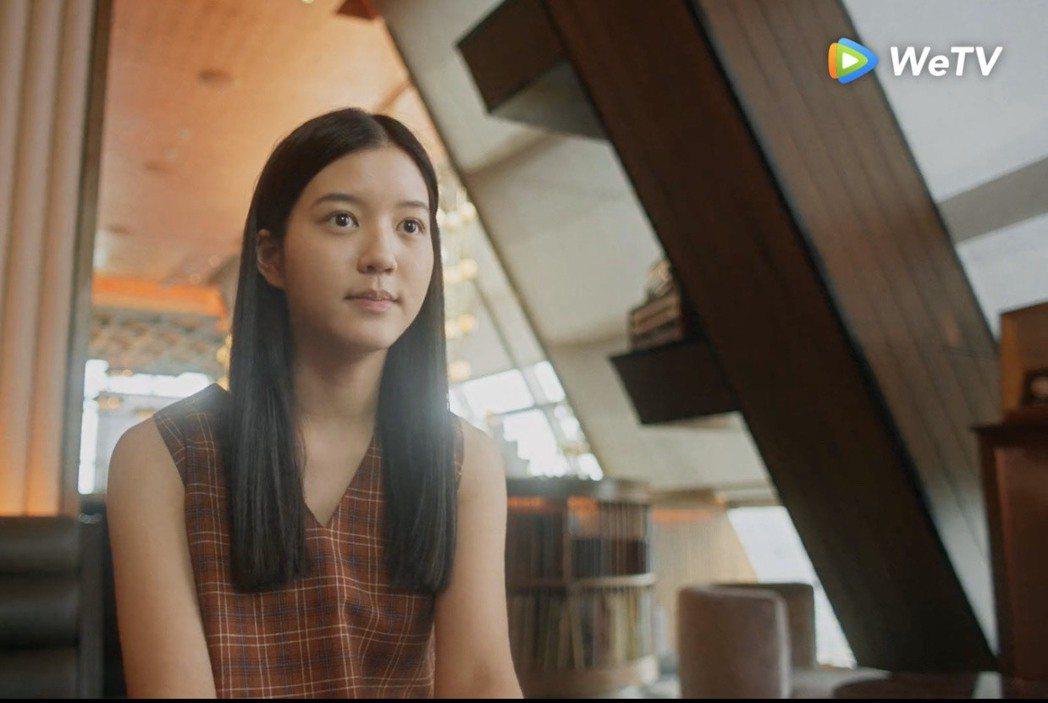 泰國女團BNK48 成員Juné在「模犯生」中擔綱女主角小琳。圖/WeTV提供