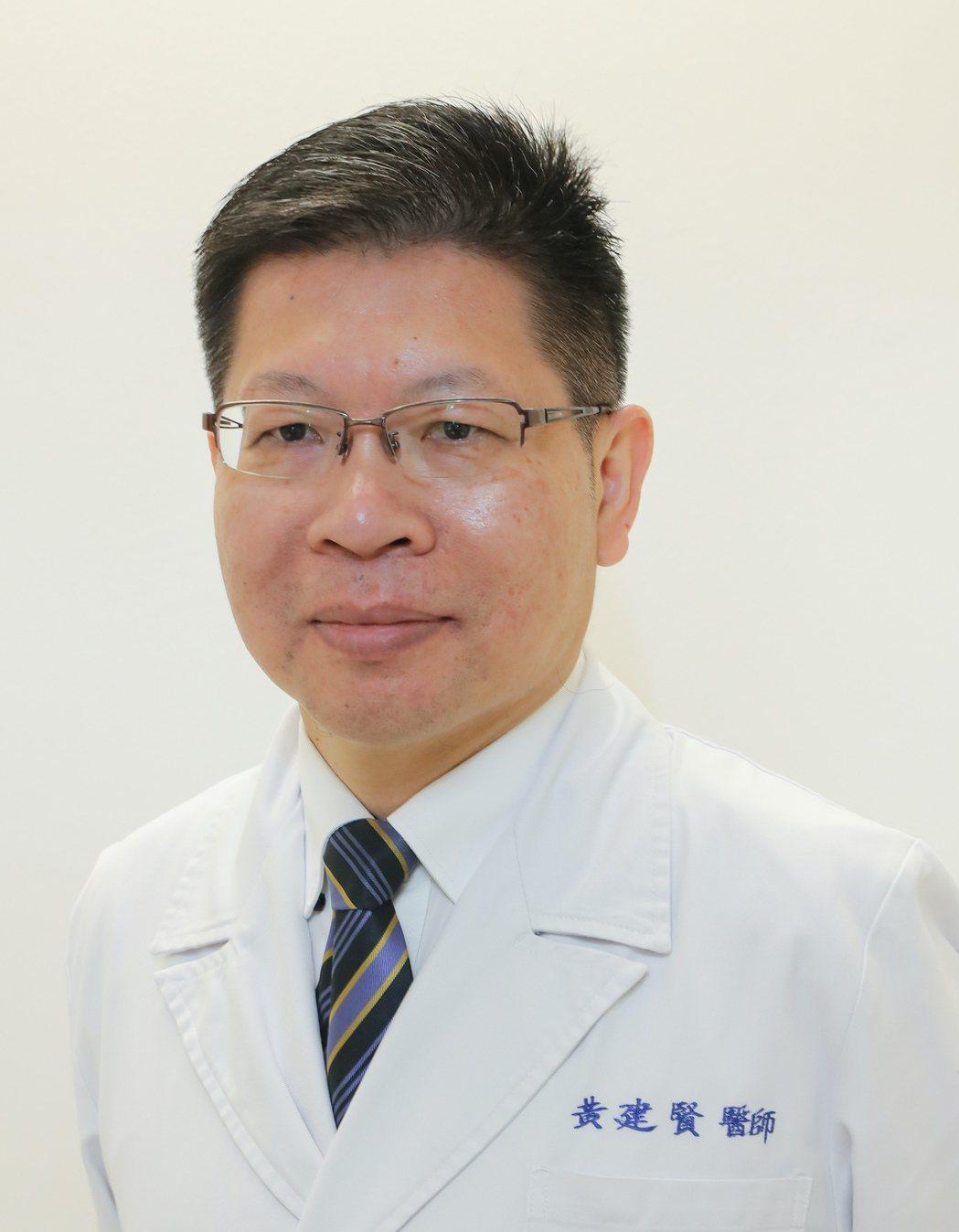 新光醫院感染科主任黃建賢醫師說,「現有肺炎疫苗,無法預防新冠肺炎,但可減少因感染...