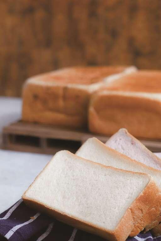 公主生吐司以北海道的純生鮮奶油融入麵粉,讓吐司口感香濃柔軟,成為「LE GOÛT...