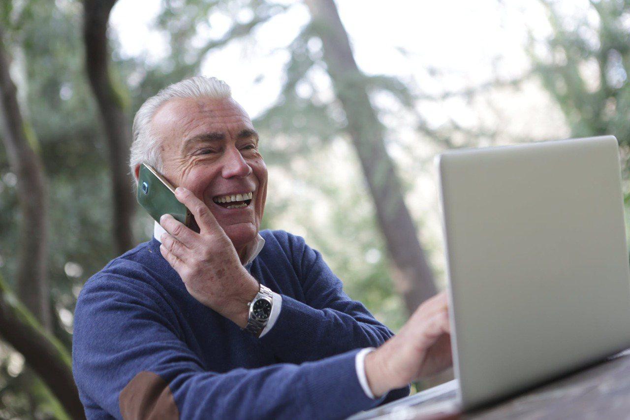 當老年人適應了疾病和其他身體變化時,他們往往會調整自己的觀點。 圖/pexels