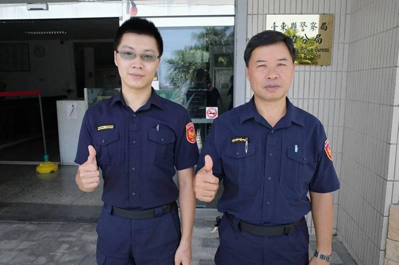 成功警分局父子檔巡佐許光勝(右)與巡官許許岳庭父子兩人以彼此為榮。記者羅紹平/翻攝