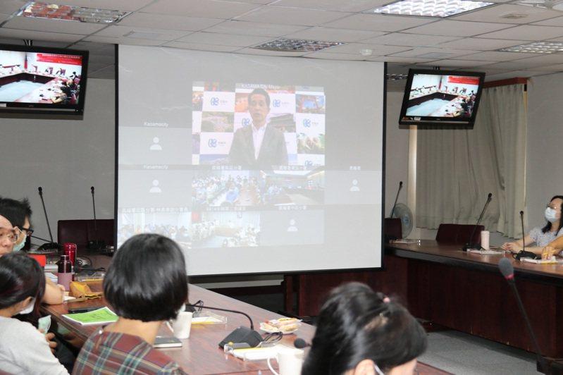 笠間市山口伸樹市長以視訊分享地方創生策略。圖/農糧署提供