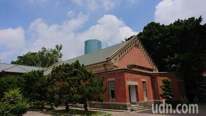 大學指考登記分發今天放榜,台南一中首次沒有學生上台大醫。記者鄭惠仁/攝影
