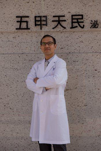 台灣男性學醫學會副秘書長、天民泌尿科診所副院長蔡嘉駿。圖/蔡嘉駿提供