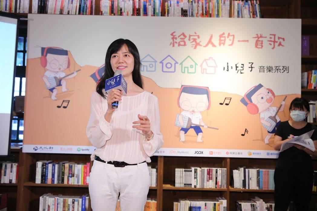 夢田文創的執行長蘇麗媚,推動「小兒子」IP再跨界,於父親節的前夕,發表「給家人的
