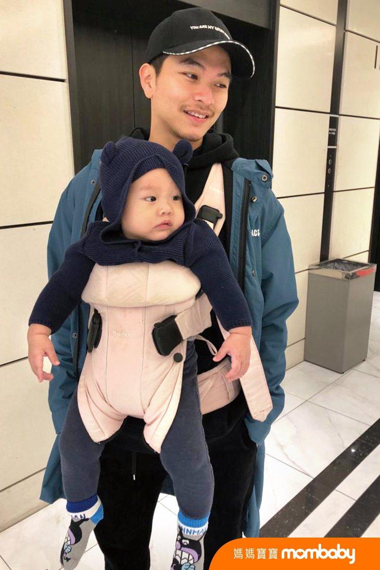 楊銘威是每天活在粉紅泡泡裡的幸福爸爸。圖/媽媽寶寶雜誌提供