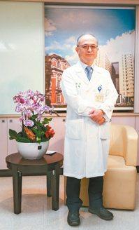 吳明賢擔任台大醫院院長,責任重大,將扮演好「總教練」角色,讓每位同仁都可以充分上...