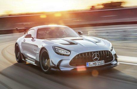 影/英國的AMG GT Black Series要價1,300萬元台幣起跳! 讓法拉利都變便宜了!