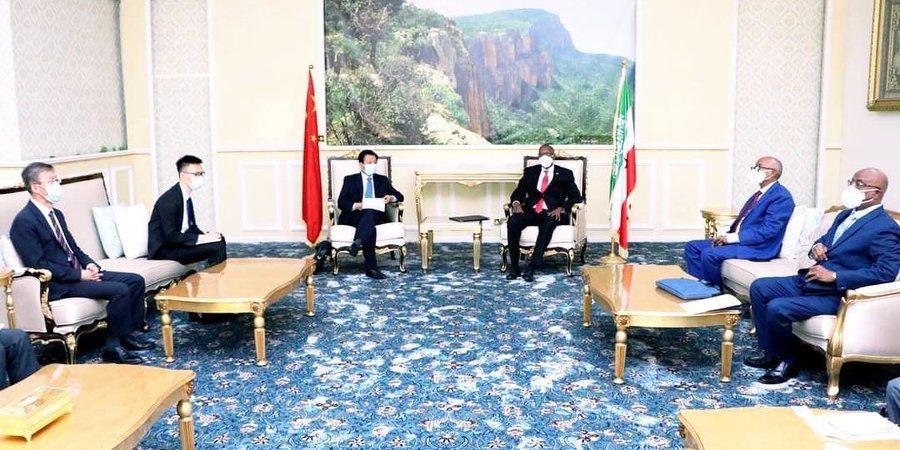 索馬利蘭總統阿布迪接見中國大陸外交部代表團。圖/取自索馬利蘭外交部推特