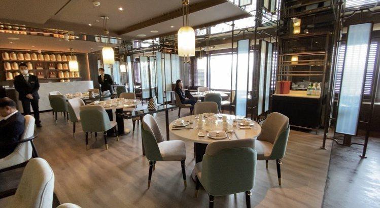 小吃區空間高雅,用餐環境也舒適。記者羅建怡/攝影