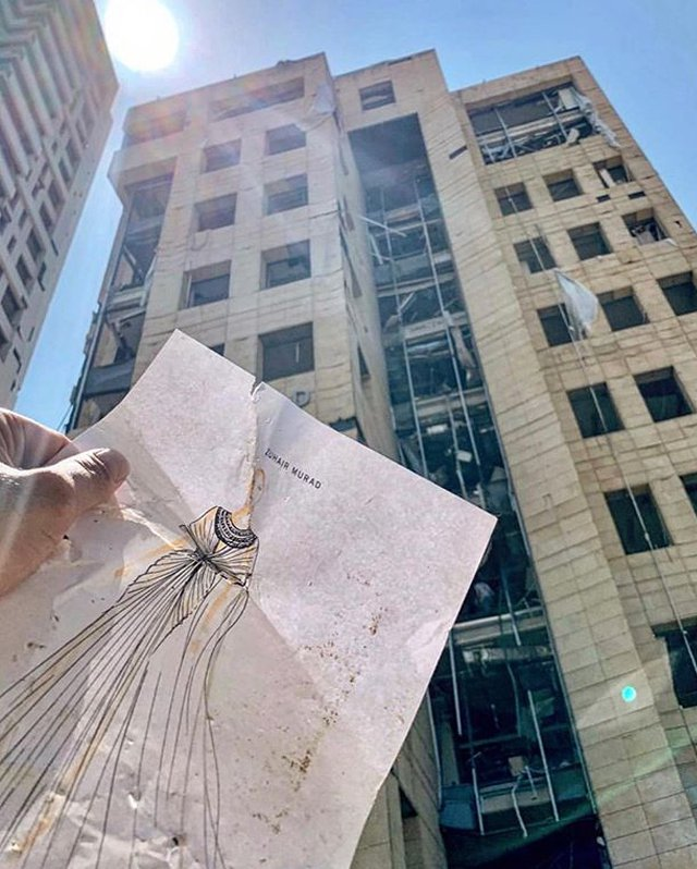 女明星最愛的婚紗品牌Zuhair Murad在大爆炸中,損失最為慘重,該公司20...