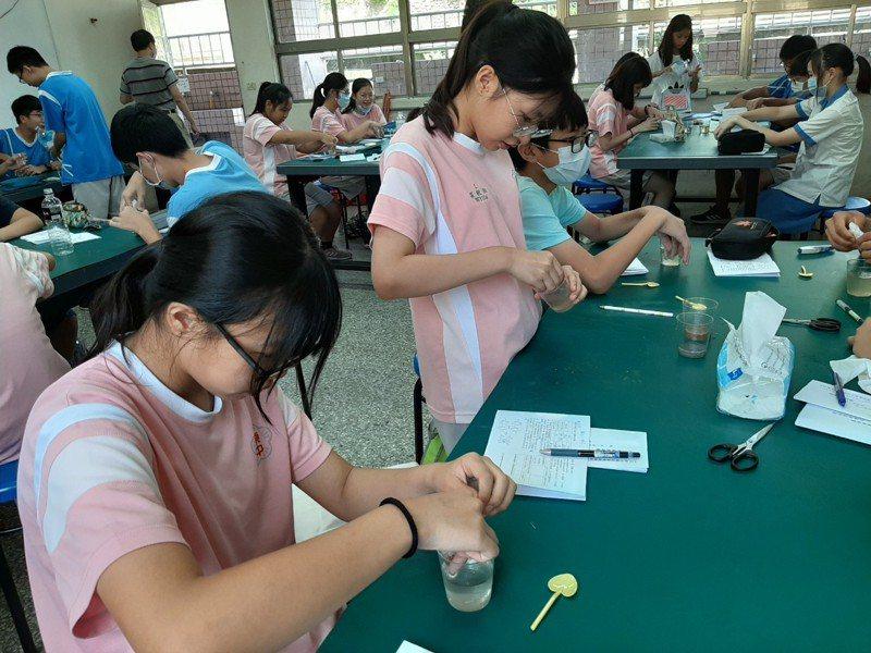 竹東國中自造教育及科技中心將有8間教室,同時設置科技設備讓學生學習利用。圖/縣府提供