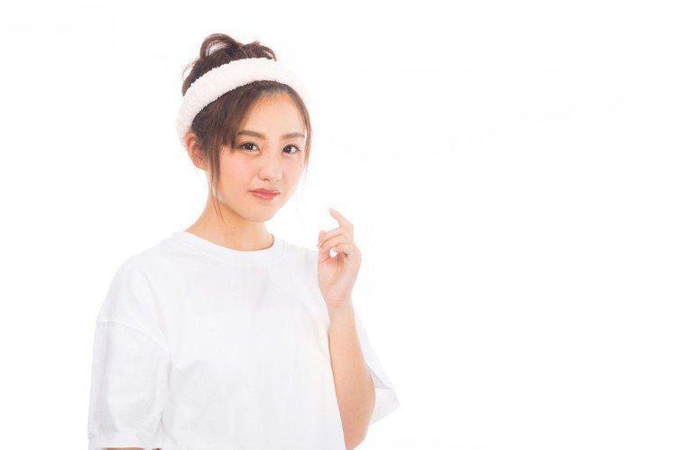 油性肌膚在夏季保養要特別注意。圖/摘自pakutaso