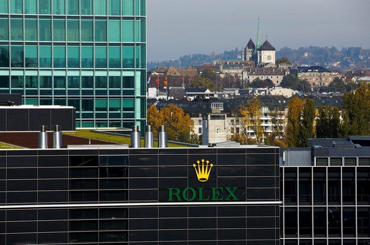 包含勞力士總部,江詩丹頓、伯爵、羅杰杜彼的表廠也設於日內瓦,加上古城的商業、觀光...