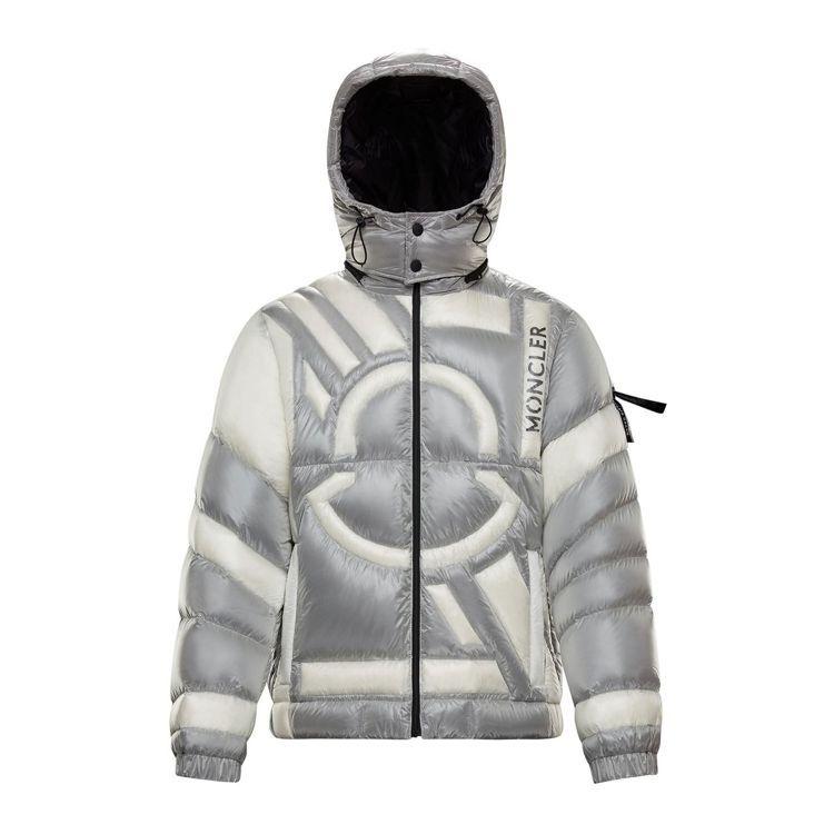 灰白色Logo圖案羽絨外套,價格店洽。圖/MONCLER提供