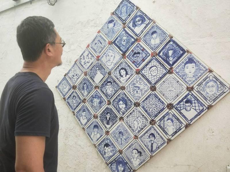 基隆暖暖磁磚畫妝點城市的想法來自葡萄牙,畫家王傑希望基隆成為磁磚畫城市。記者游明煌/攝影