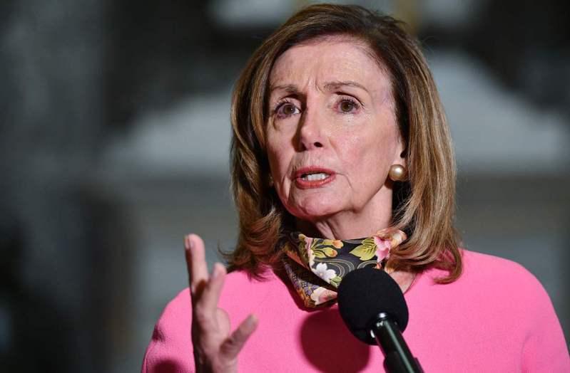 眾院議長波洛西代表民主黨與白宮及參院共和黨協商紓困法案,態度立場強硬,毫不退讓。美聯社