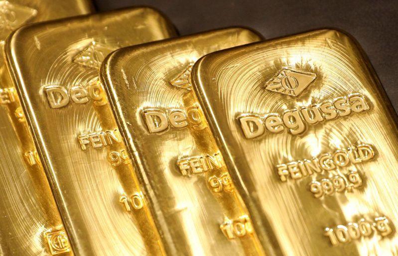 黃金7日大跌2%,原因是美元升值。路透