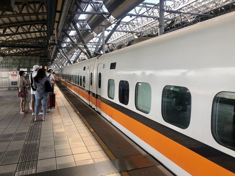 台南市今天上午發生2起芮氏規模4以上的地震,高鐵有2班列車在嘉義路段臨時停車。本報系資料照/記者曹悅華攝影