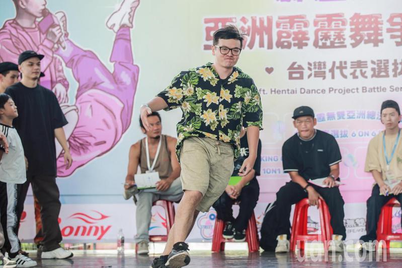霹靂無雙亞洲街舞大賽,昨起在台中尬舞2天。記者陳秋雲/攝影