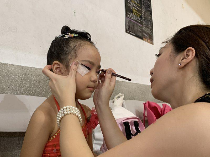 5歲劉玥學舞半年,初登場參加全國性的舞蹈錦標賽。記者陳苡葳/攝影