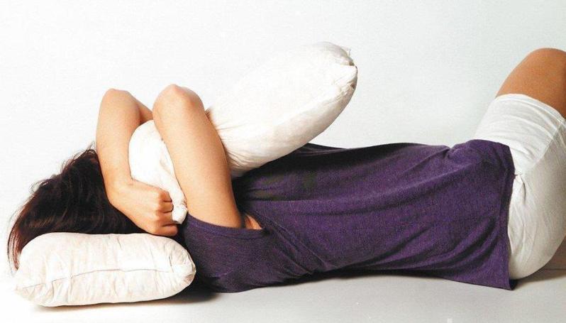 台灣有不少民眾深受失眠困擾。 圖/聯合報系資料照片