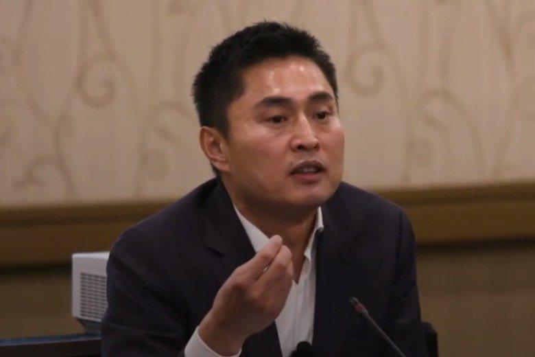 孟宇在2019年二度回到CalPERS就職時,以新任投資長身分發表談話。 圖/截取自CalPERS