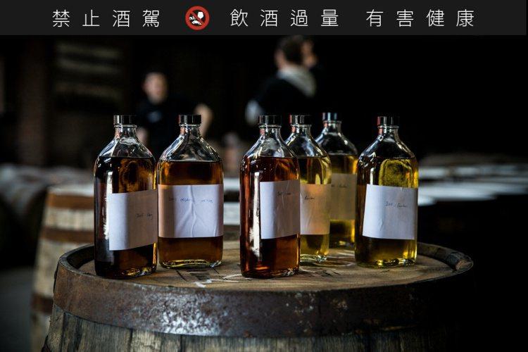 布萊迪酒廠堅持在艾雷島上完成蒸餾、陳年以及裝瓶的全部流程。圖/布萊迪提供