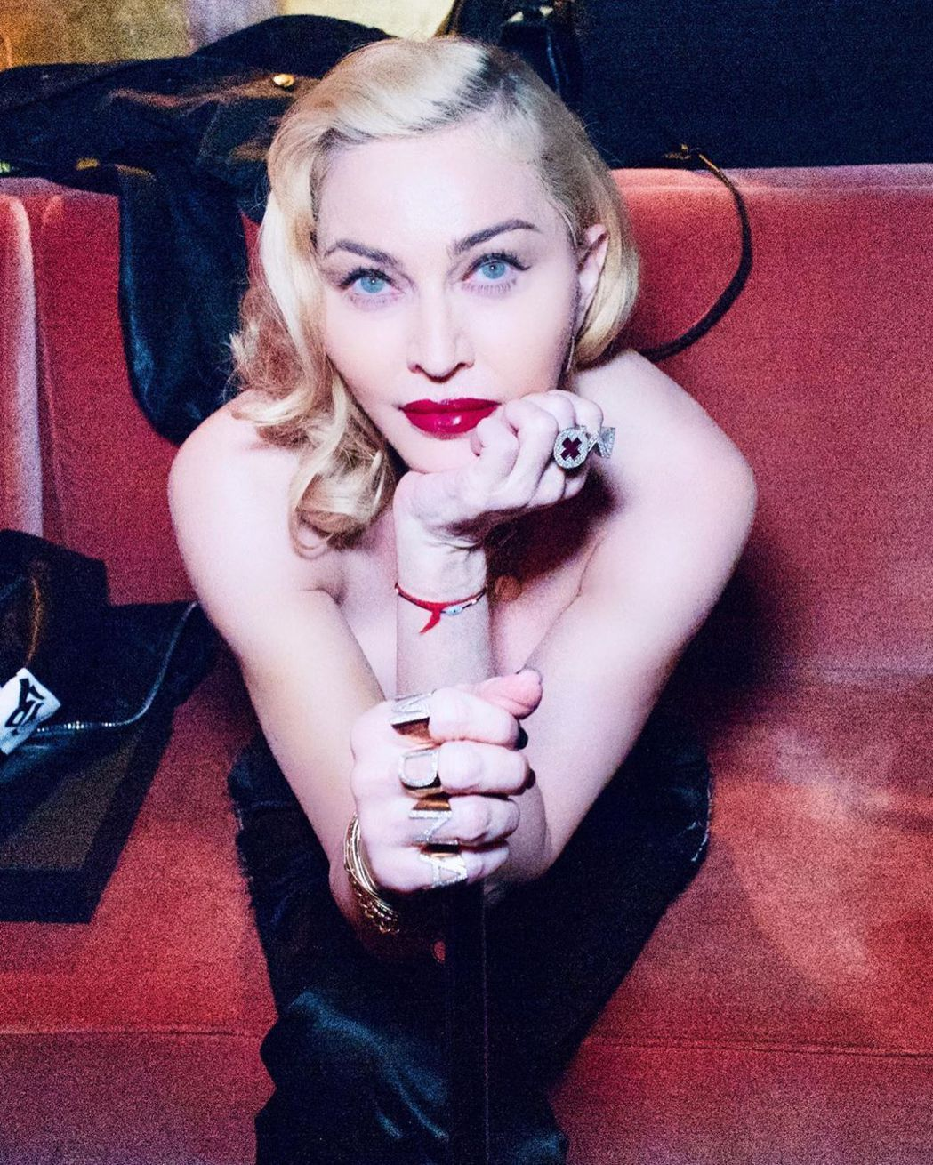 瑪丹娜傳出即將重返影壇,更有可能拍攝自己的傳記電影。圖/摘自IG