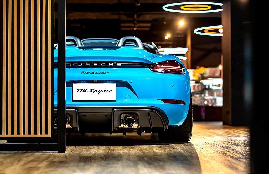 桃園Porsche NOW全新型態概念店不僅是台灣市場第三座、更係全球第十座創新...
