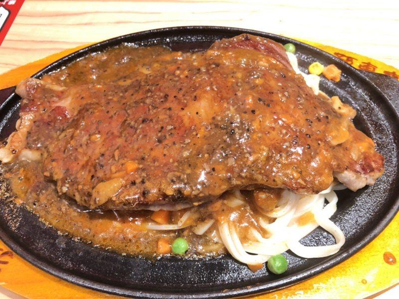 美味的台式牛排餐頗受民眾喜愛。聯合報系資料照