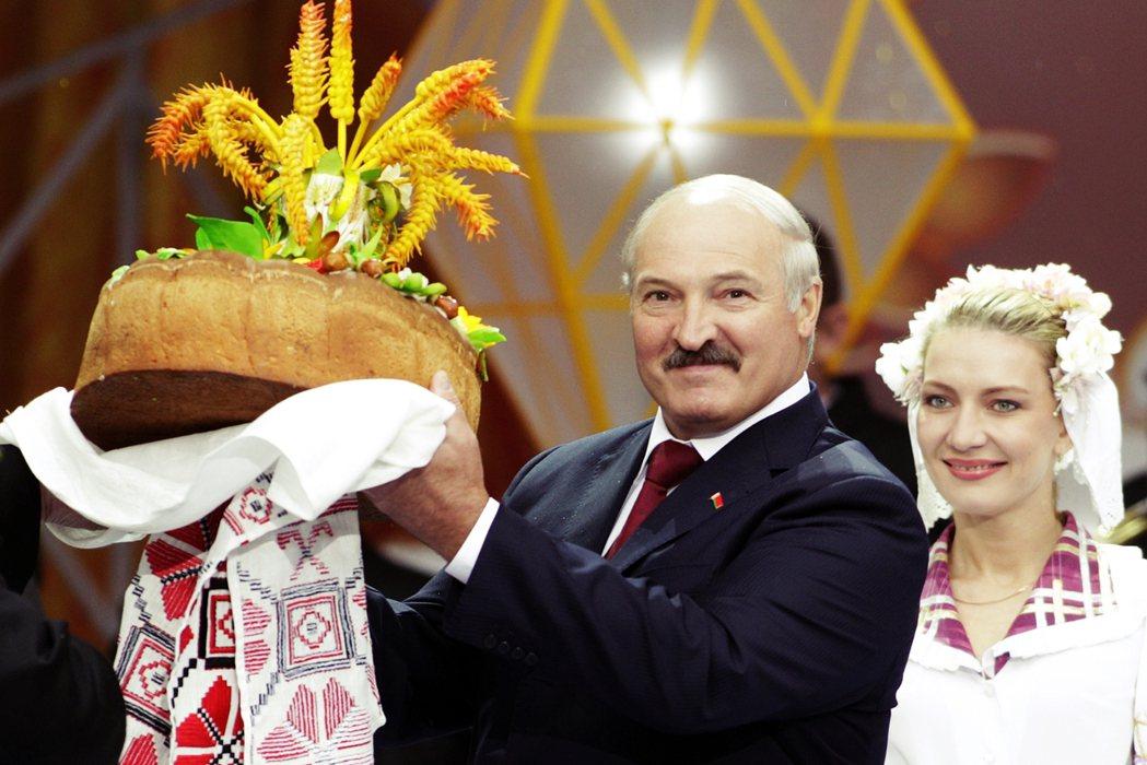 白俄羅斯2020大選是現任強人總統盧卡申科爭取連任的第6次選舉,自從蘇聯解體讓白...