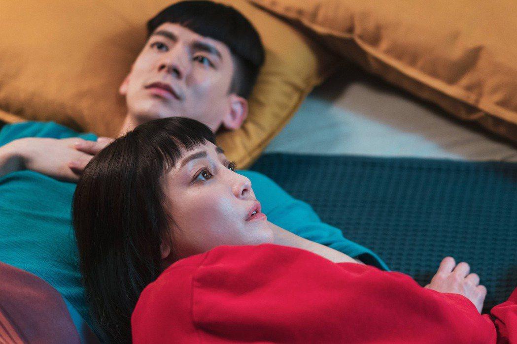 林柏宏(左)、謝欣穎(右)主演「怪胎」入選韓國富川奇幻影展世界藍色奇幻單元。圖/...