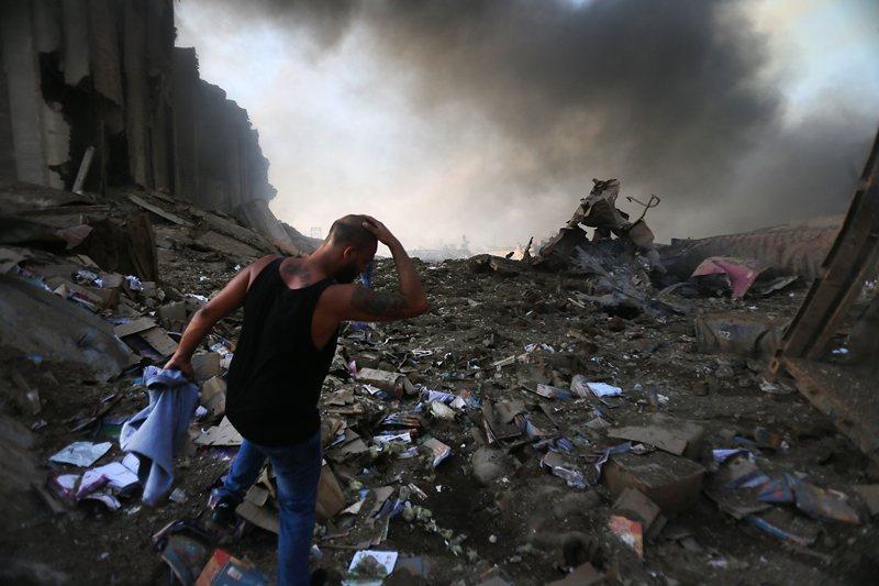 這場爆炸也5,000多人受傷,並摧毀許多房屋,圖攝於8月4日。 圖/法新社