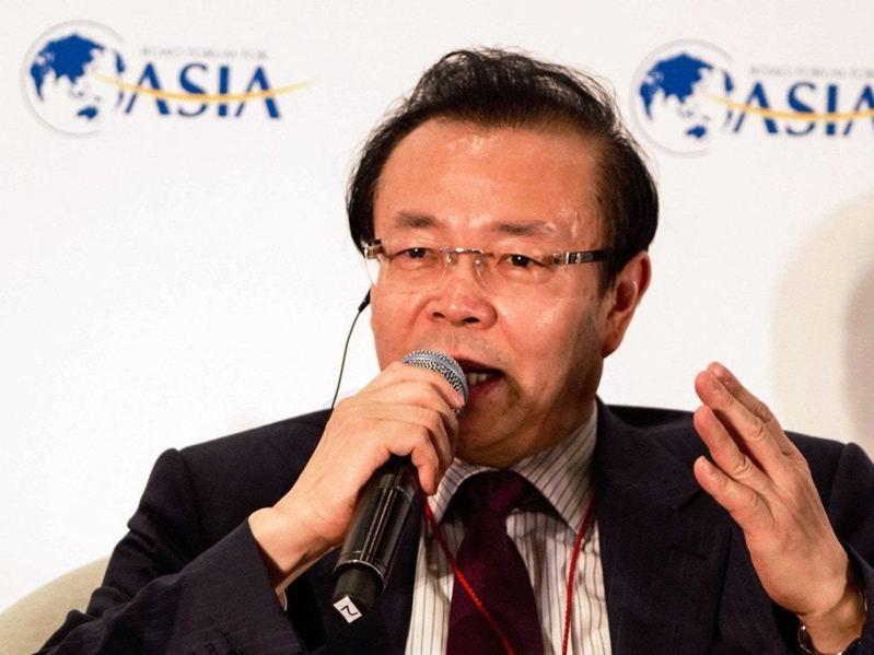 華融是大陸最大資產管理公司,56歲的賴小民2009年起擔任華融總裁、董事長。2012年9月起,出任華融黨委書記、董事長。直至2018年4月17日,賴小民被查。 圖/取自新華社