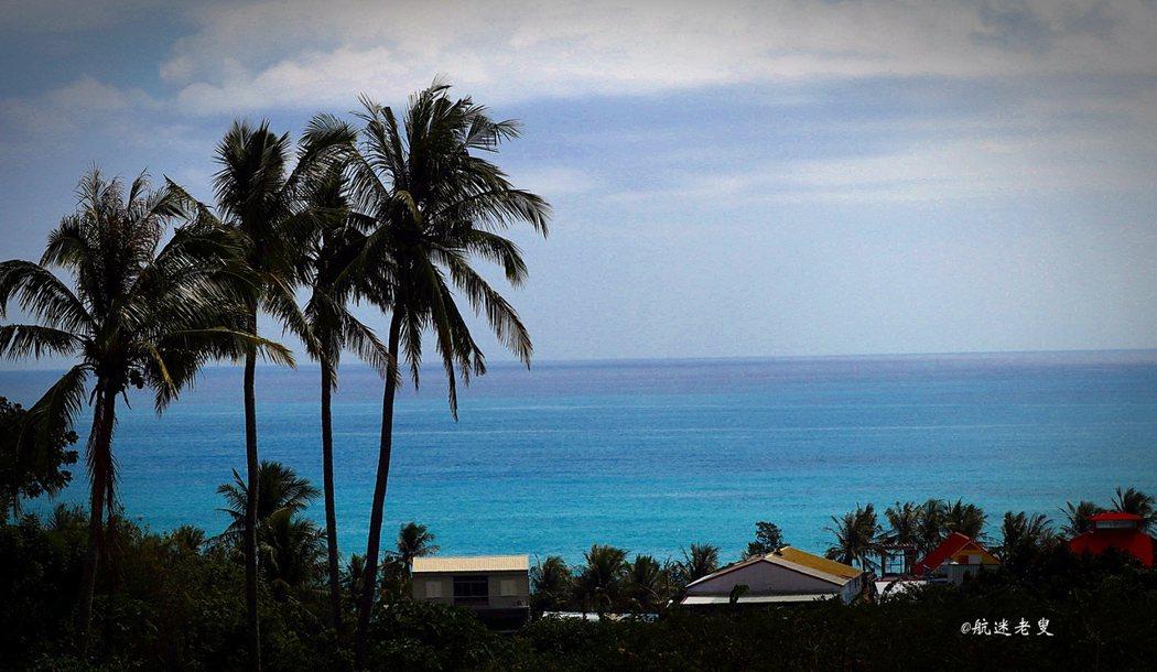 山、海、椰林,零距離, 有種返璞歸真的那種感覺。