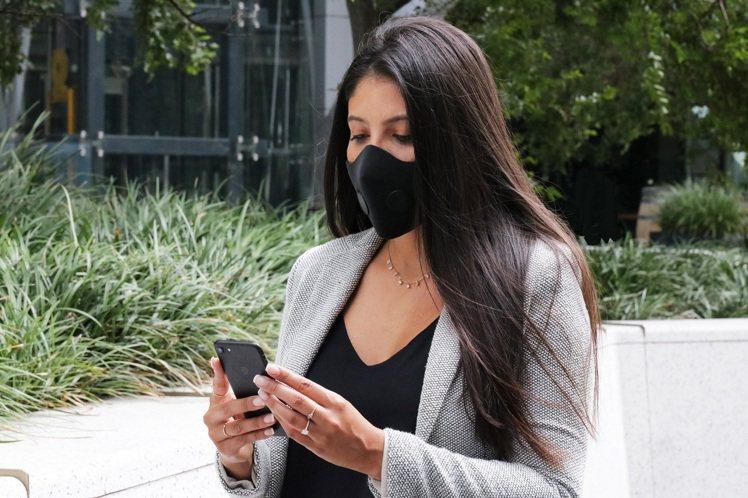 AusAir極致防護香氛口罩提供兼具功能、舒適的口罩佩戴體驗。圖/聯合數位文創提...