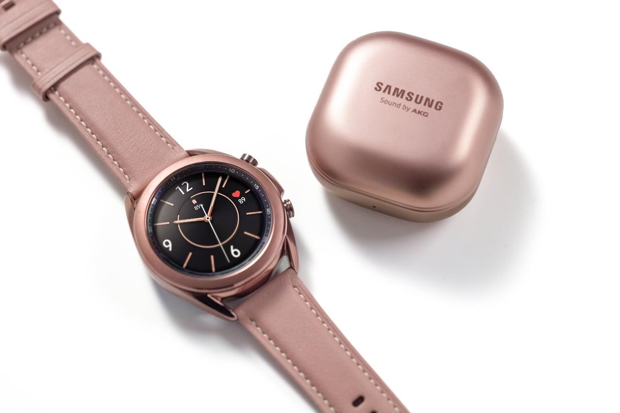 三星Galaxy Watch3、Galaxy Buds Live真無線藍牙耳機8/21在台開賣 | 3C生活 | 數位