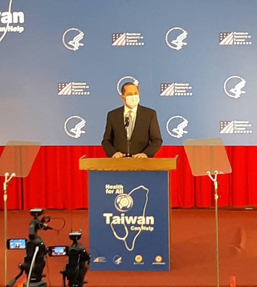 美國衛生部長阿查爾今下午在台灣大學公共衛生學院演講。記者邱宜君/攝影