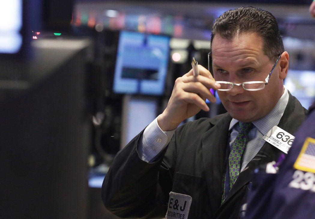 美股11日早盤開高走高,道瓊指數漲300點。美聯社