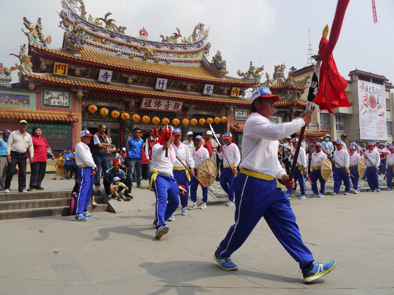 內門區每年3、4月舉辦的「高雄內門宋江陣嘉年華」是名聞遐邇的民俗慶典。 圖/徐白...