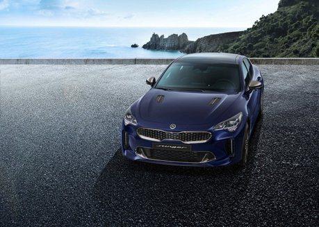 韓系轎跑「刺針」回歸 小改款Kia Stinger外觀、內裝首度公開!