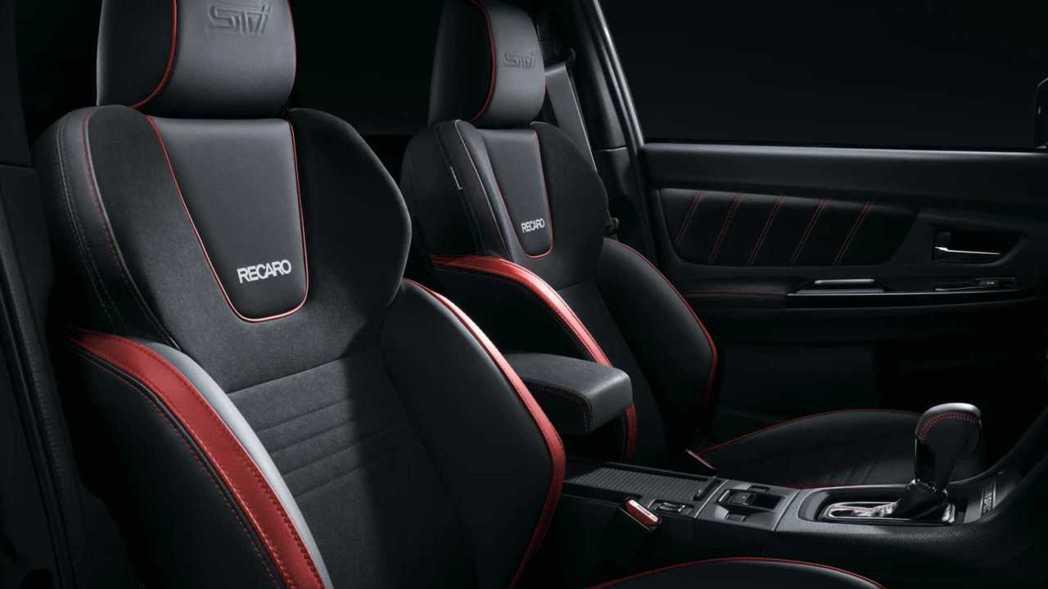 座椅也升級為STI專屬Recaro座椅。 摘自Subaru