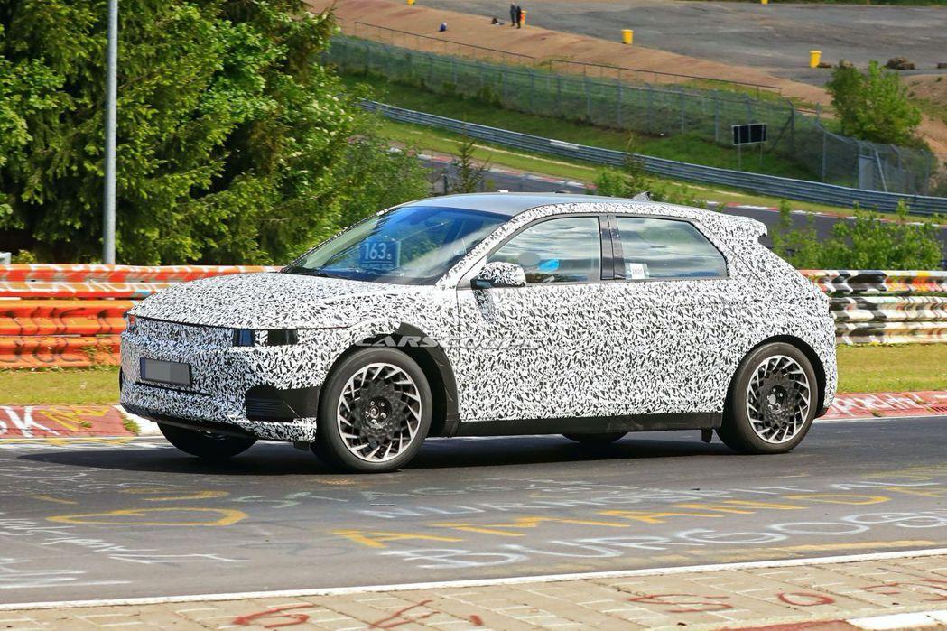 全新Hyundai Ioniq 5目前已如火如荼測試中。 摘自Carscoops