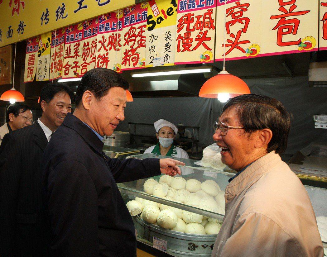 2009年習近平巡視黑龍江。 圖/新華社