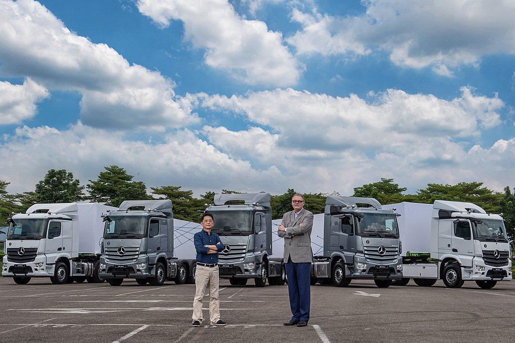 賓士Actros重車於2019年獲得「2020年度國際重車大獎」肯定,達成連續五...