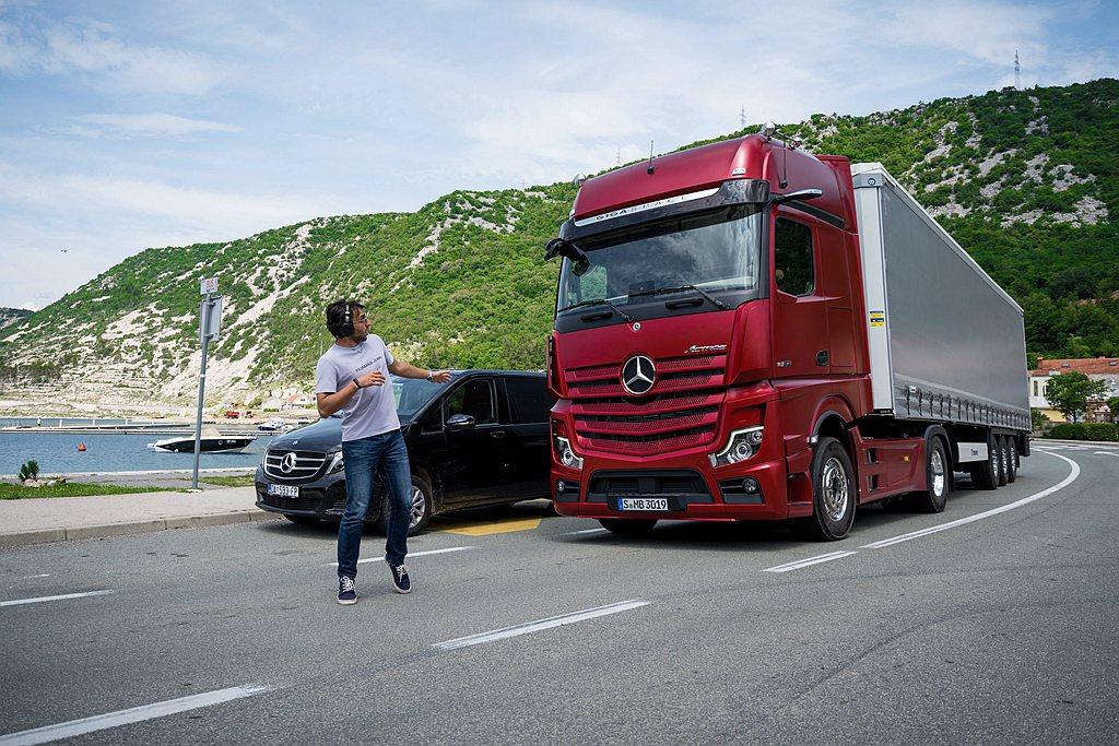 第五代Active Brake Assist主動式煞車輔助系統更加強化物體偵測與...