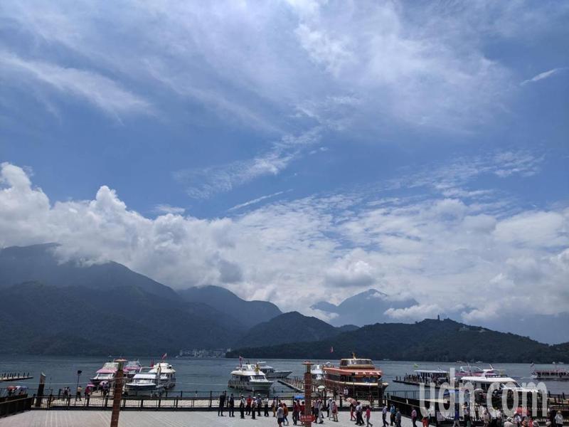 明後天高壓再度增強西伸,台灣的天氣會越來越穩定炎熱。記者楊德宜/攝影