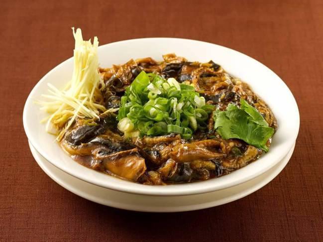 沁園春的鎮店之寶「清炒鱔糊」,也是蔣緯國造訪的必點料理之一。圖/郭文章提供